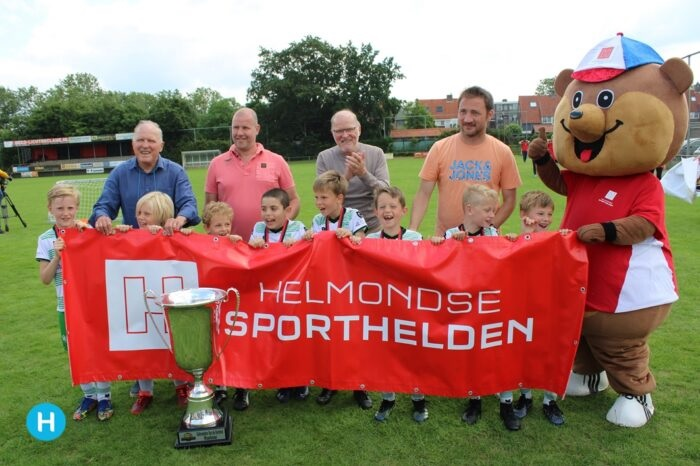 JO8-1 winnaar van de Gebroeders Van de Kerkhof Cup!